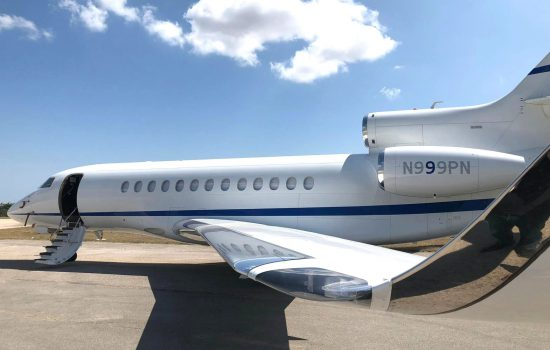 Falcon 7x exterior
