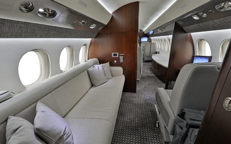 Falcon 7X - N19NE - Interior